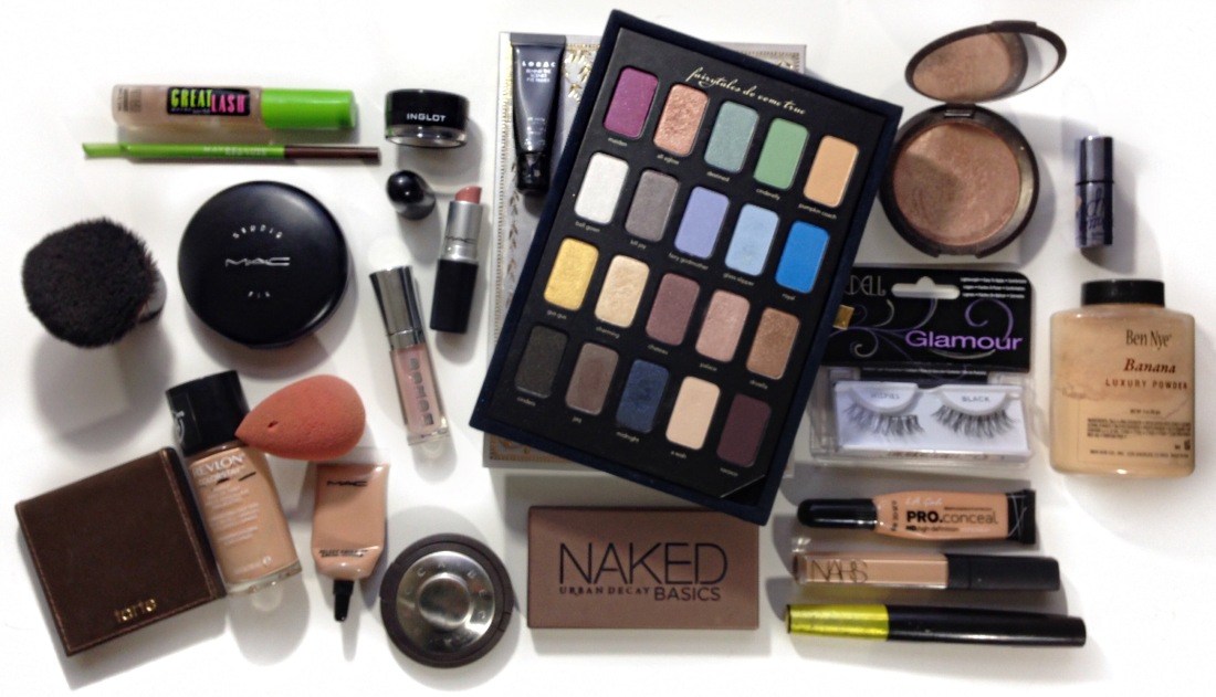 Ice Princess Holiday Makeup Look featured by top Latina beauty blogger, Live Learn Luxe It
